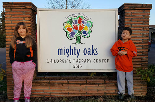 Twins Mikeala and Zacrye are excited to have an HP Sprout at Might Oaks.